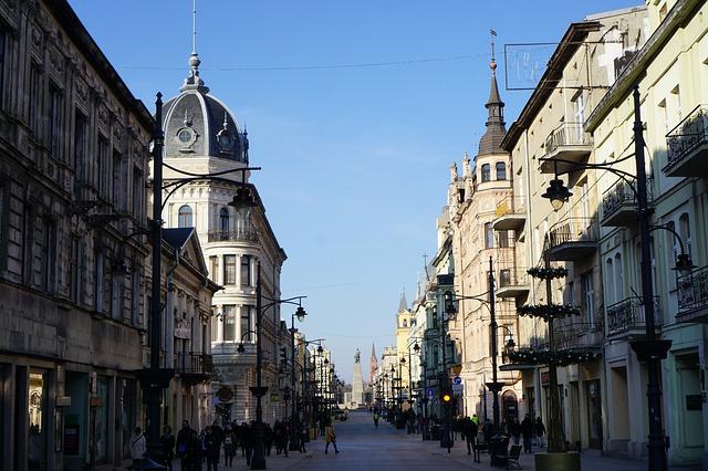 obrazek Miasto Łódź, ulica Piotrkowska. Wskazówki dotyczące zakupu mieszkania w Łodzi
