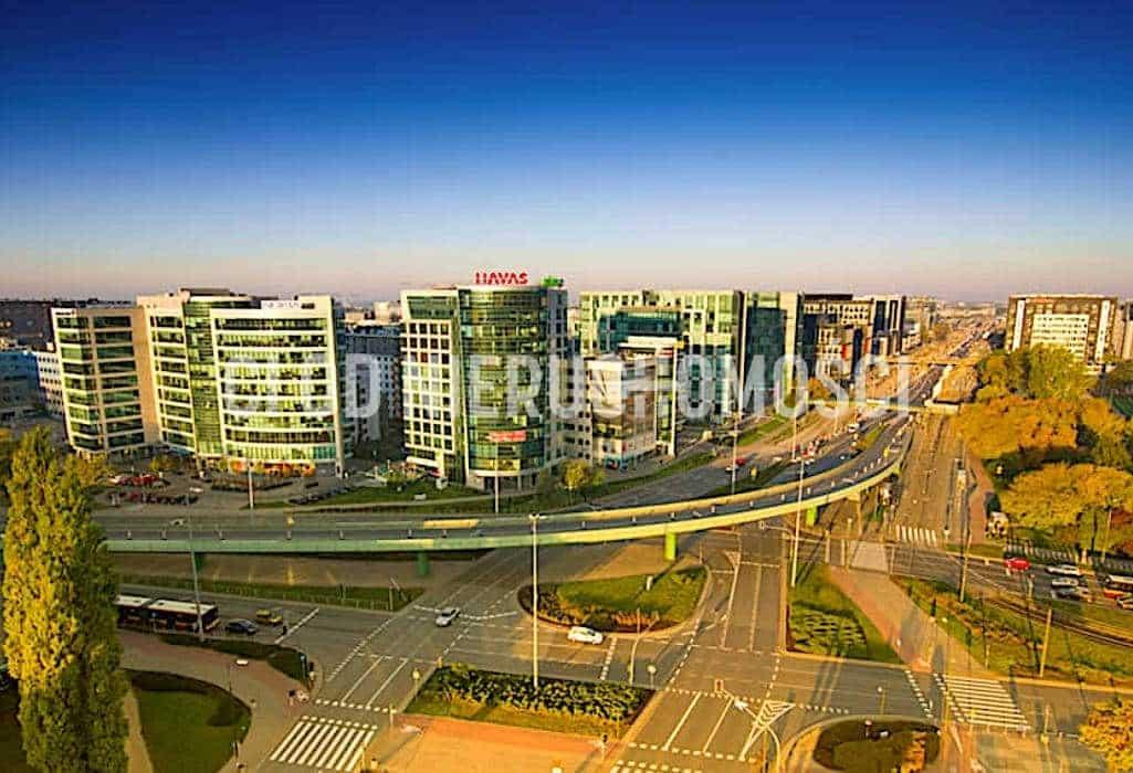 Panorama miasta Warszawa, widok z okna lokalu, prezentowane przez biuro nieruchomości Łódź